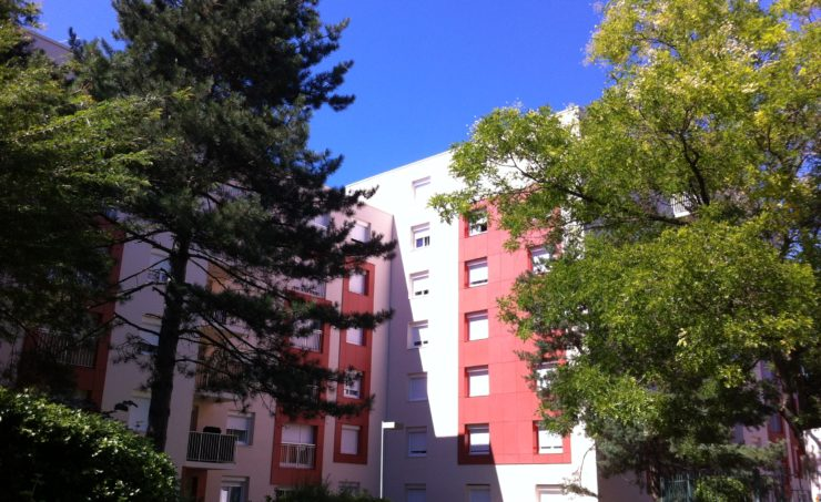 Appartement T1 33m² 63300 THIERS - Image 1